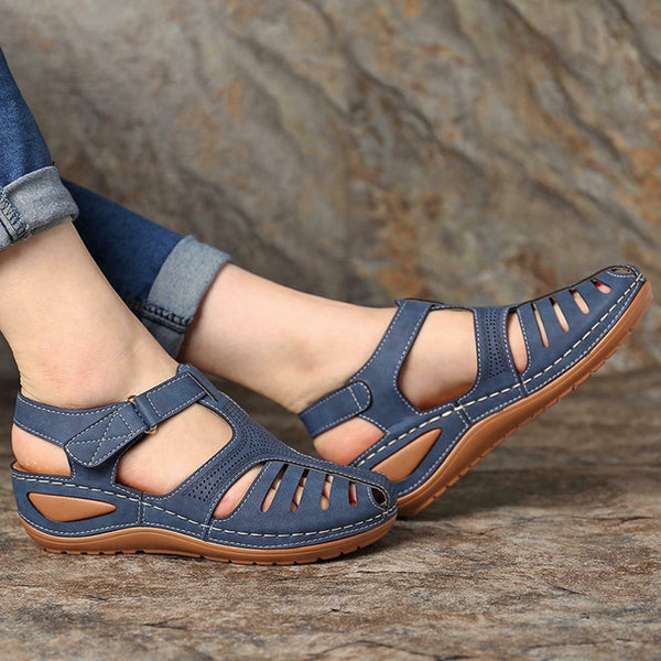 Woman's Summer Retro Platform Wedge Sandals