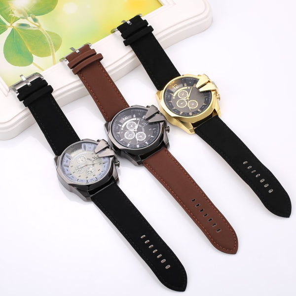 Men's Leather Band Quartz Watch