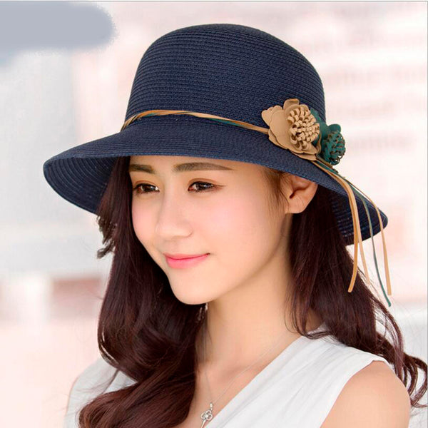 Women's Floppy Straw Hat with Flower Accessory