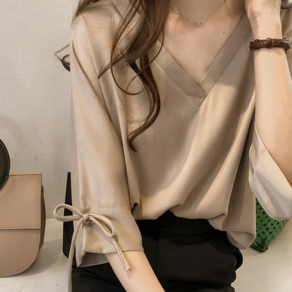 Women's V-Neck 3/4 Sleeve Blouse