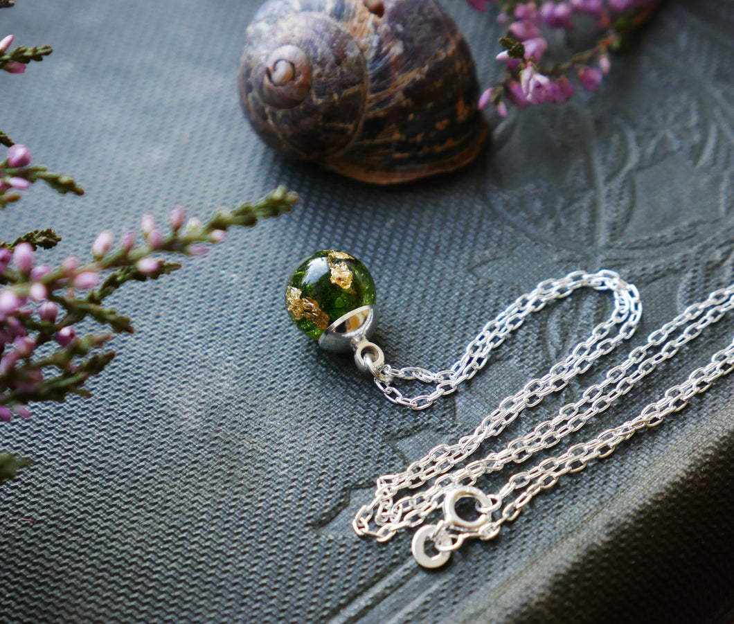 Fife moss & gold sterling silver necklace