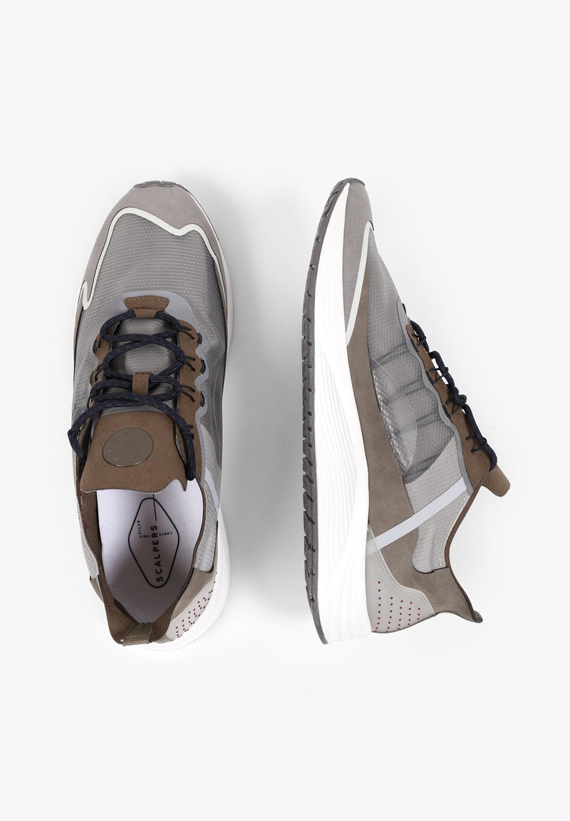 LIGHTWEIGHT TECHNICAL SNEAKERS