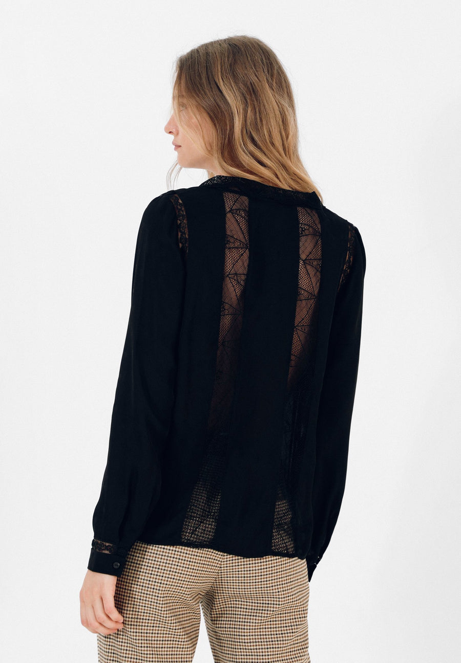 FLOWING LACE SHIRT