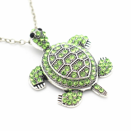 Green Turtle Pendant Necklace.