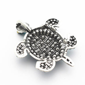 Turtle Pendant Necklace.