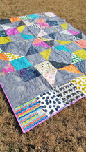 Load image into Gallery viewer, bright and bold twin quilt from La Rue de Fleurs