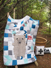 Load image into Gallery viewer, Bedtime Bear Toddler Quilt