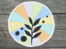 Load image into Gallery viewer, Modern Leaf Appliqued Table Topper