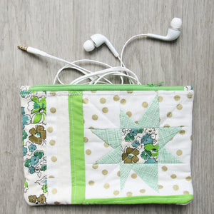 Retro Green Quilted Zipper Pouch