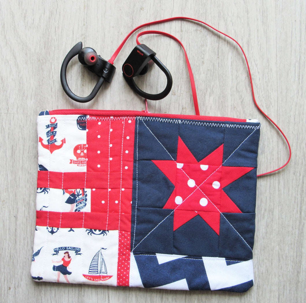 Nautical Star Quilted Zipper Pouch
