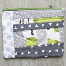 Load image into Gallery viewer, Gray Deer Quilted Zipper Pouch