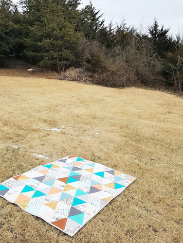 Modern Triangle Toddler Quilt in Lake Tahoe Mix