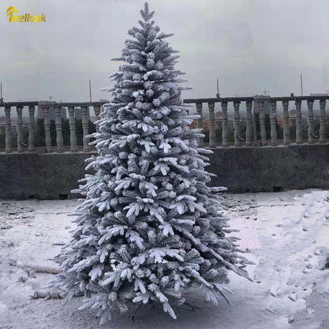 White Artificial Snowflake Landscape Christmas Tree Flocking Christmas Tree