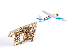 UGears Wooden Mechanical Model Flight Starter