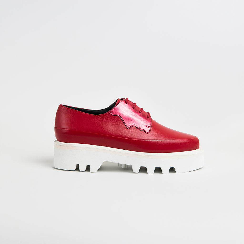 || SAMPLE SALE || 2 FACED - Magenta/Red Leather Platform Creepers