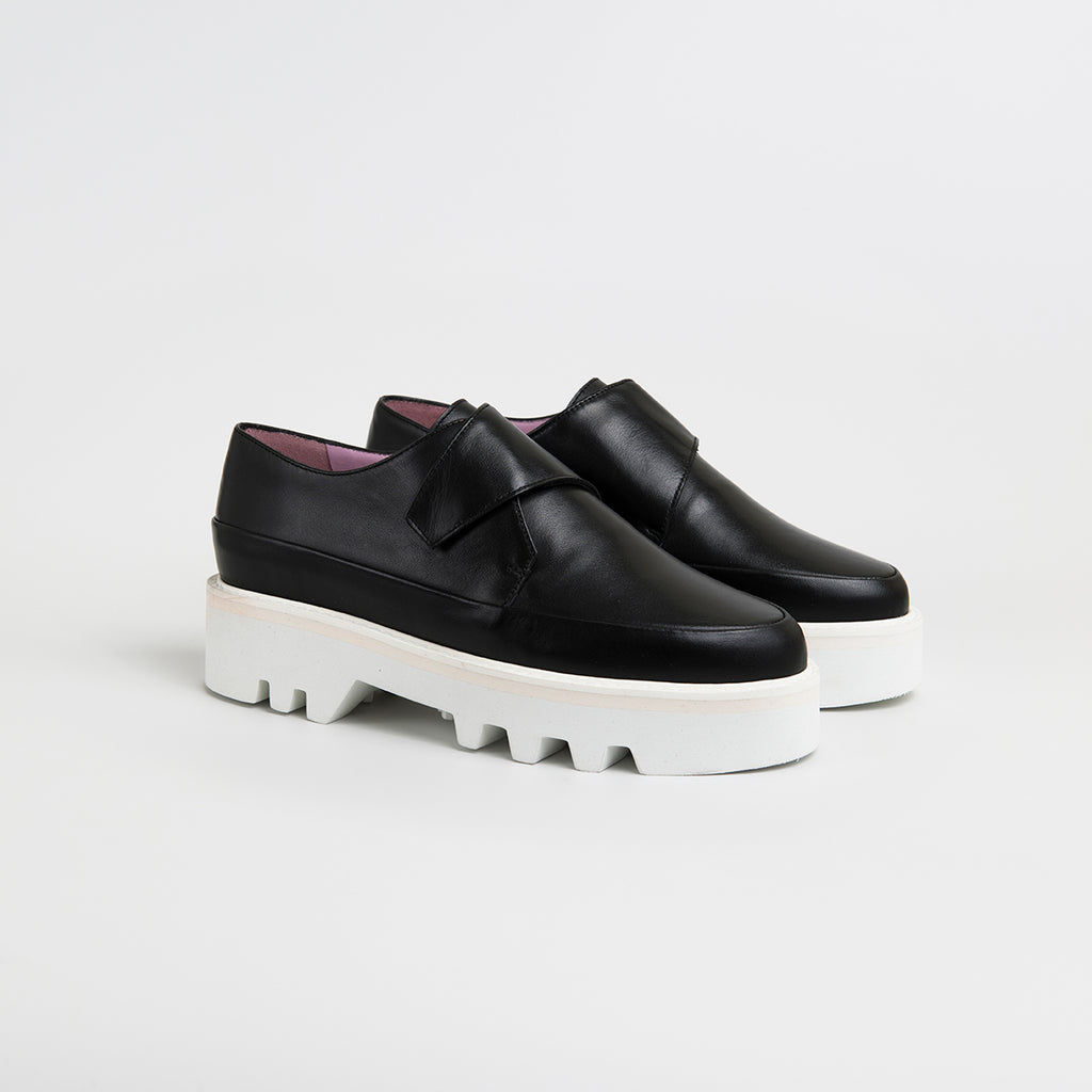 || SAMPLE SALE || WRAP UP - Black Leather Platform Creepers