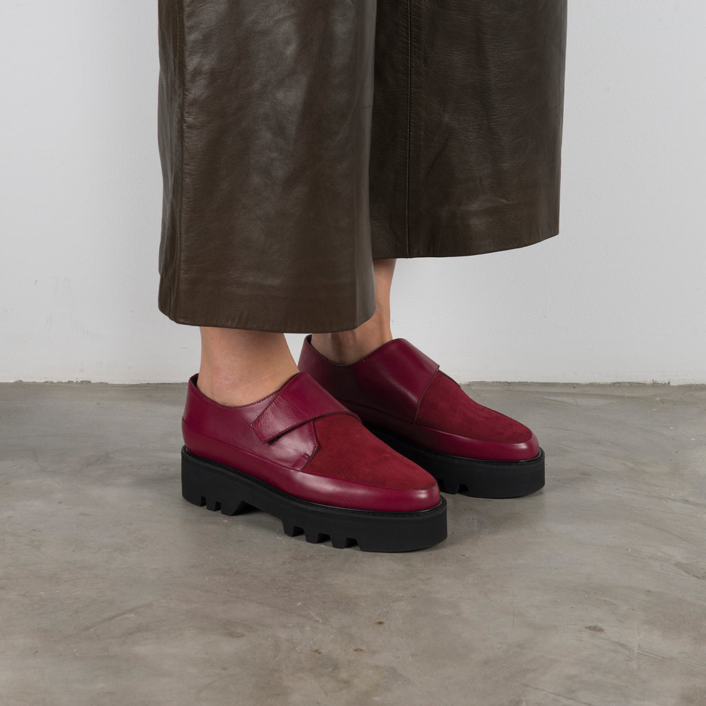 || SAMPLE SALE || WRAP UP - Bordeaux Leather Platform Creepers