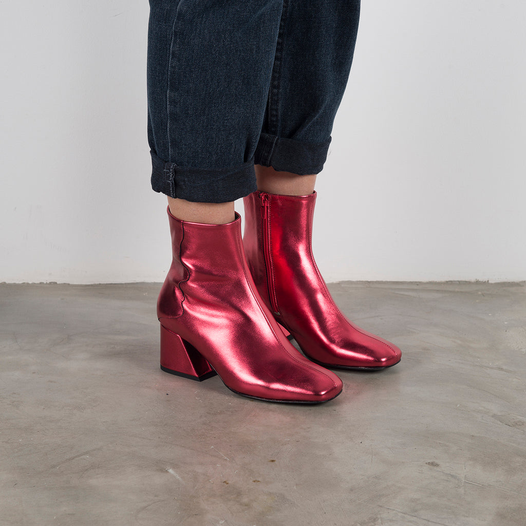 GALAXY - Red Metallic Mid Heel Boots