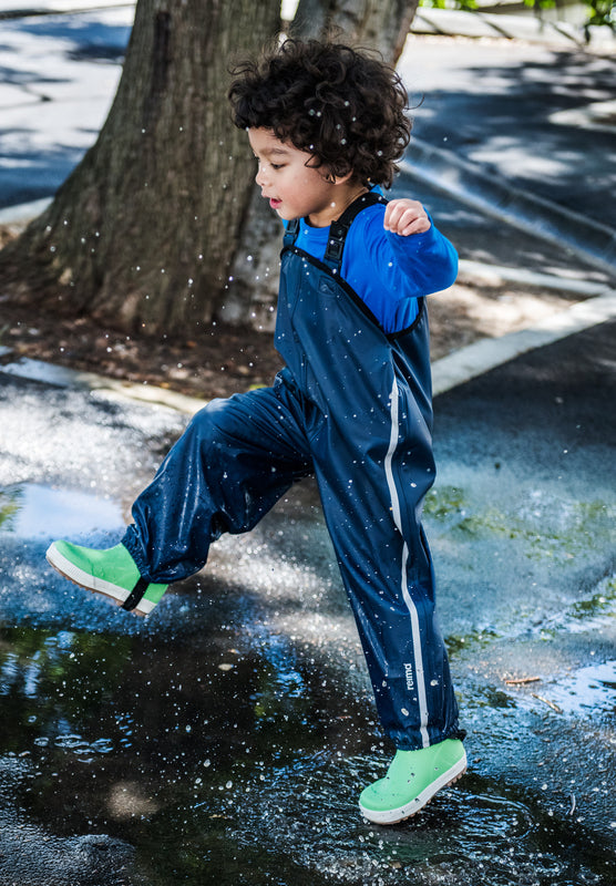 Waterproof Rain Pants With Suspenders and Foot Loops - Lammikko