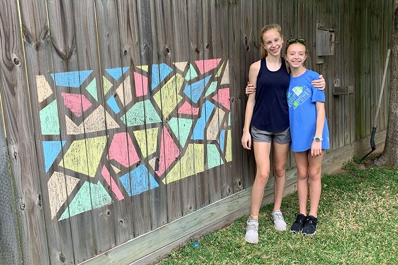 Hold a Backyard Chalk Drawing Contest