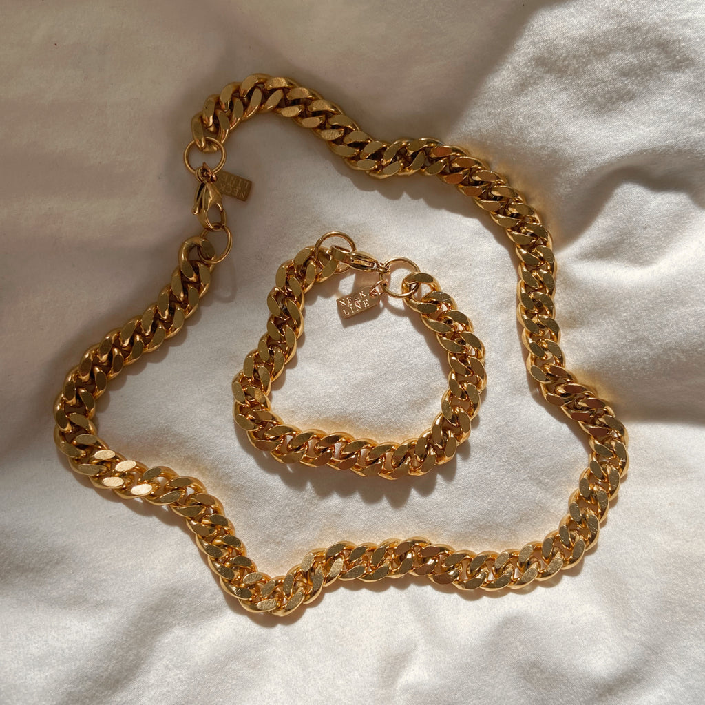 Aurelie Chain set
