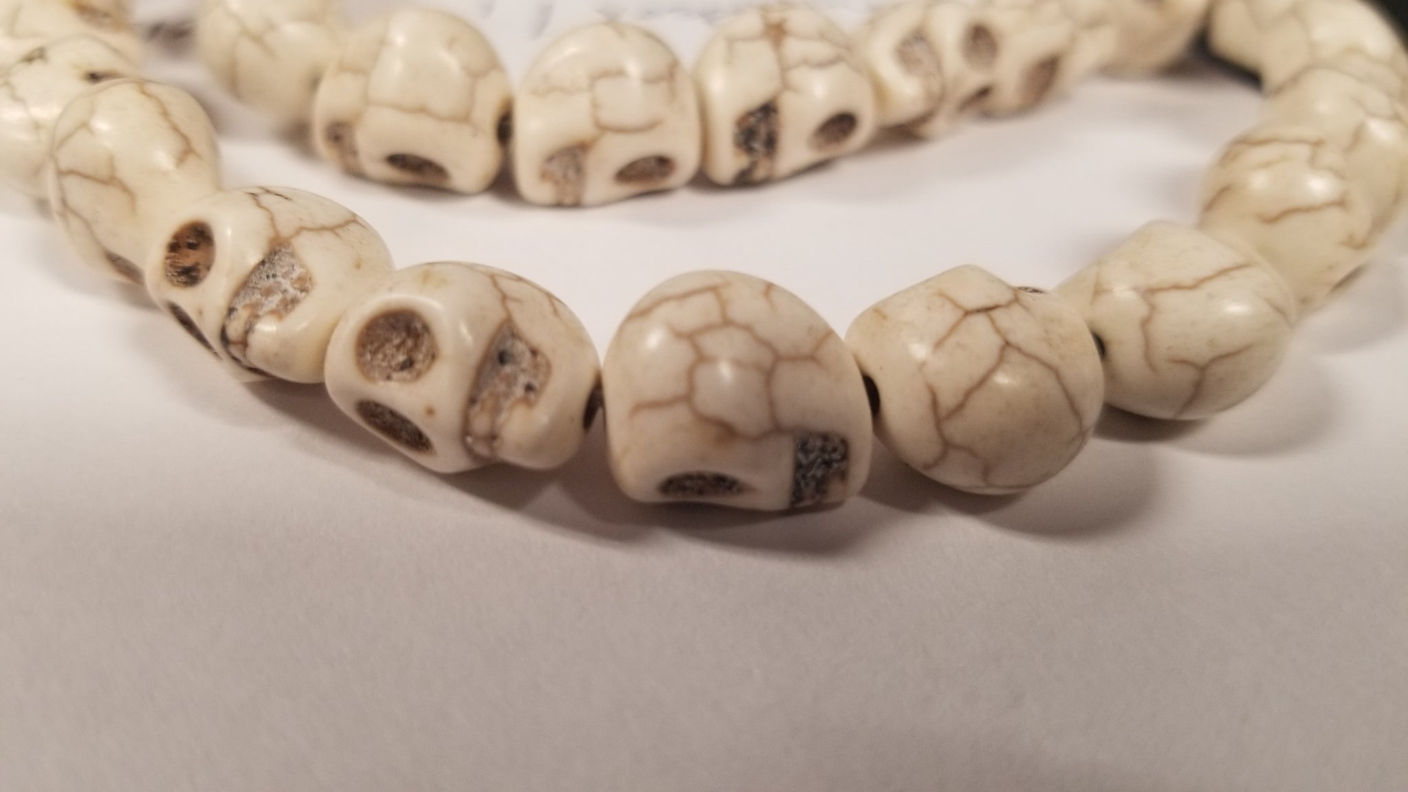 White Howlite 12mm Skull Top Drilled Beads