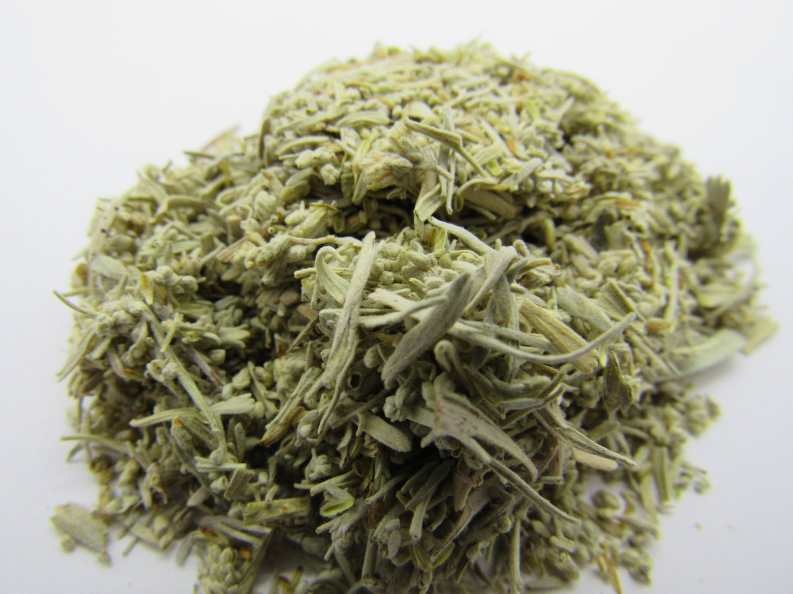 Cedar Leaves and Clusters 1/2 oz