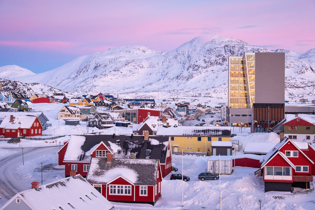 Amazing-winter-light-Nuuk-Greenland