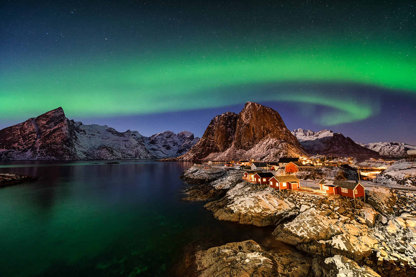 Hamnoy lofoten Northern Lights