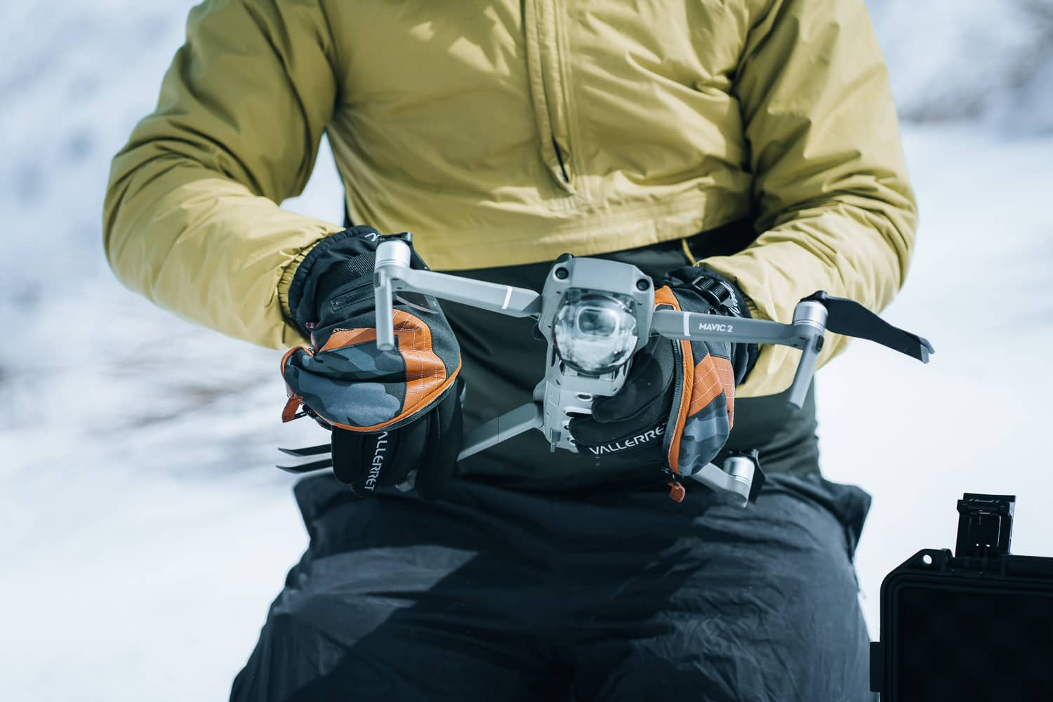 gloves for drone photographers