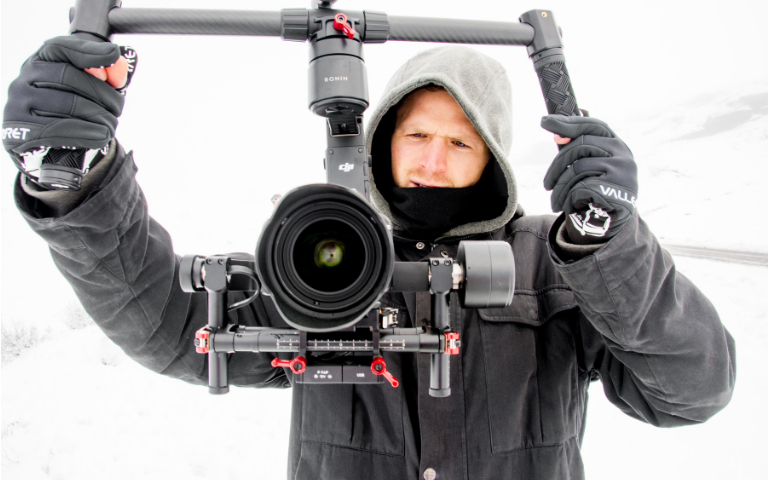 gloves used for winter videography