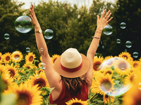 Instead of letting loose, you can pick up some easy-to-follow, healthy habits which will make you enjoy your summer a lot more. Here's what you can do to improve your mental and physical health during long summer days.