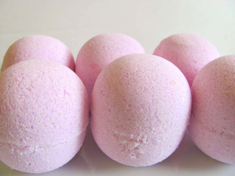 Black Raspberry Vanilla ~ Bath Bomb