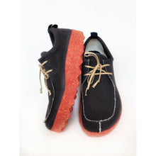 Load image into Gallery viewer, Asportuguesas Chat Black & Red Lace Trainers