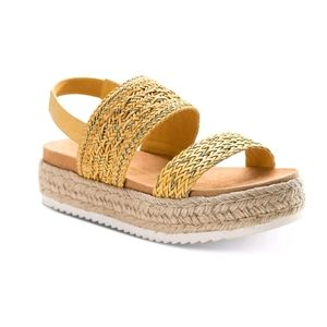 American Rag Karli Sandals Yellow 7.5