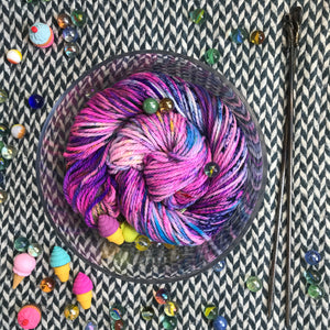 CAKE MY DAY -- Flushing Meadows bulky yarn -- ready to ship