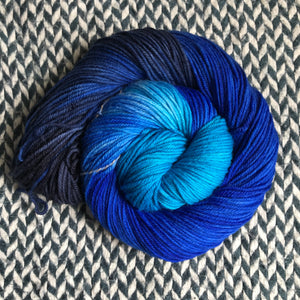 DAMSELFLY -- Greenwich Village DK yarn -- ready to ship