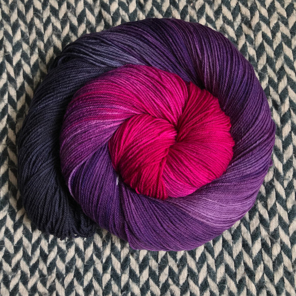 ORCHID MANTIS -- Times Square sock yarn -- ready to ship