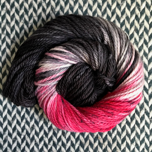 IN A NEW YORK MINUTE -- Flushing Meadows bulky yarn -- ready to ship