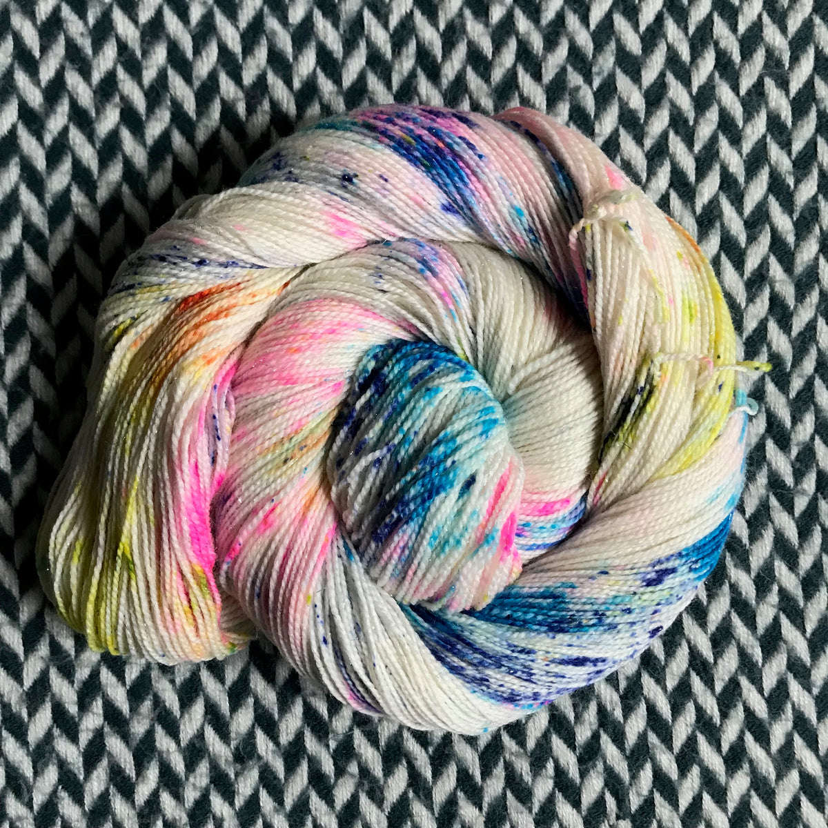 THE COLOR PARROT -- Broadway sparkle sock yarn-- ready to ...