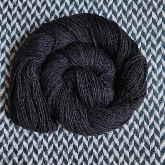 BLACKBIRD -- Greenwich Village DK yarn -- ready to ship