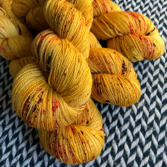QUEEN BEE -- Broadway gold sparkle sock yarn -- ready to ship