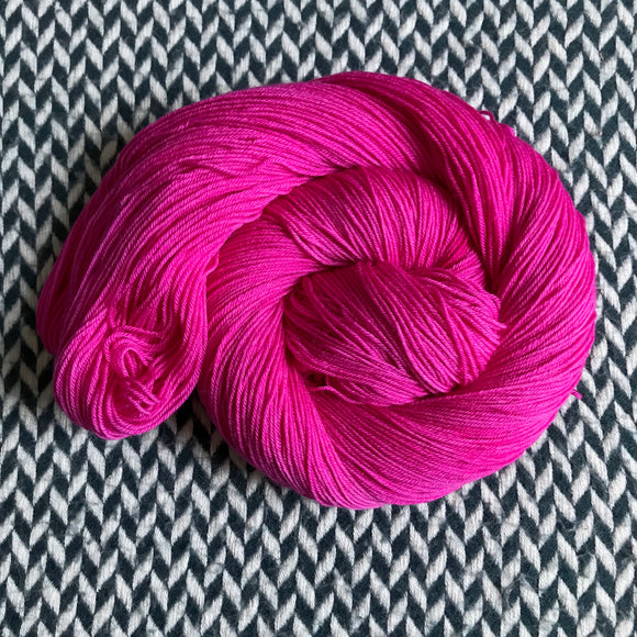 AMOUR ACIDE -- dyed to order yarn