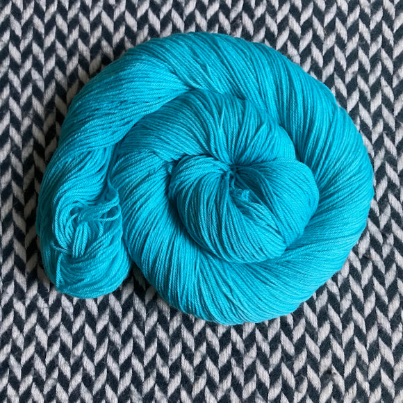 EAU ELECTRIQUE -- dyed to order yarn