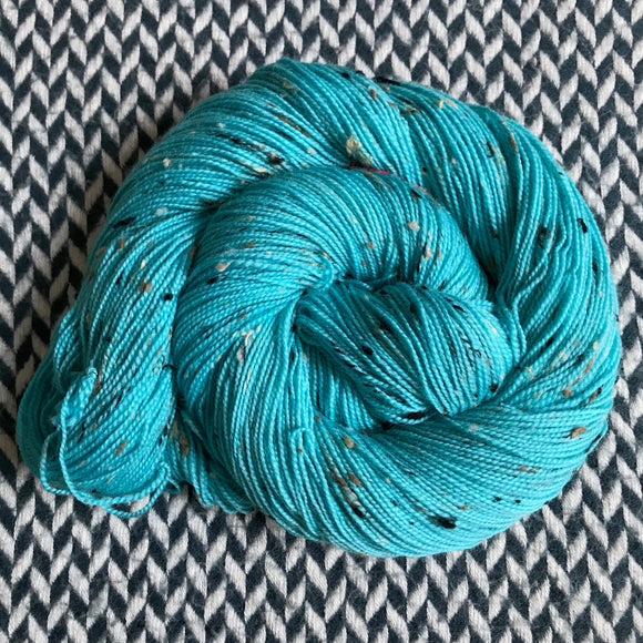EAU ELECTRIQUE -- Alphabet City tweed sock yarn -- ready to ship