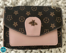 Load image into Gallery viewer, Bee Mine Handbag Pink