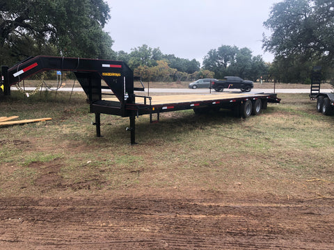 "Kearney 8'6"" x 32' Gooseneck Tandem Dual Deluxe Low-Profile flatbed w/5' dovetail - 0814"