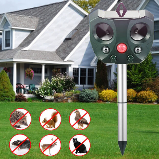 Solar Power Ultrasonic Animal Repeller Pest Control