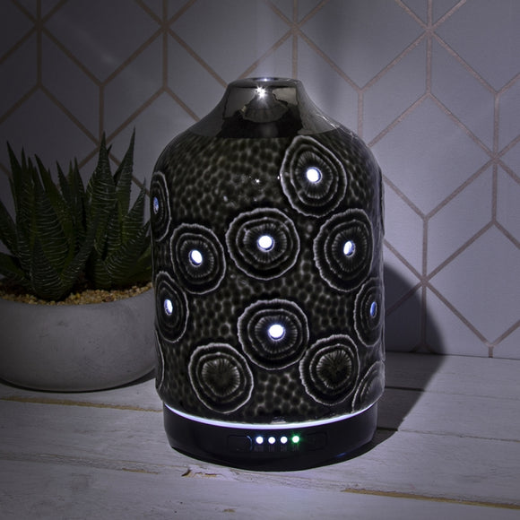 Colour Changing Ceramic Aromatherapy Humidifier - Black