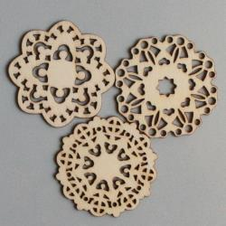Scrapbooking  Maya Road Mini Grannys Doilies Wood Pieces Embellishments